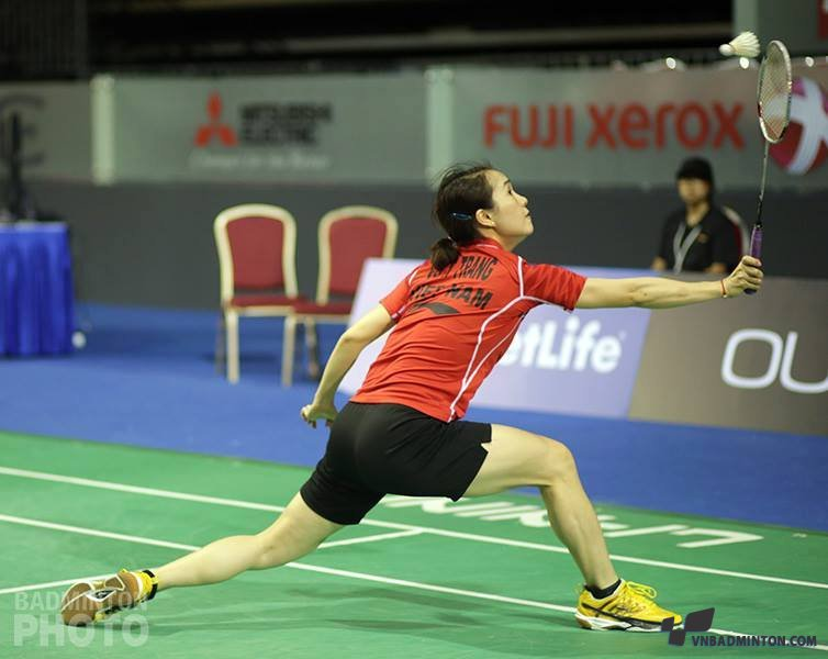 2014-04-10_21-56-44_vu-thi-trang-thi-dau-super-series-singapore-open-2014.jpg