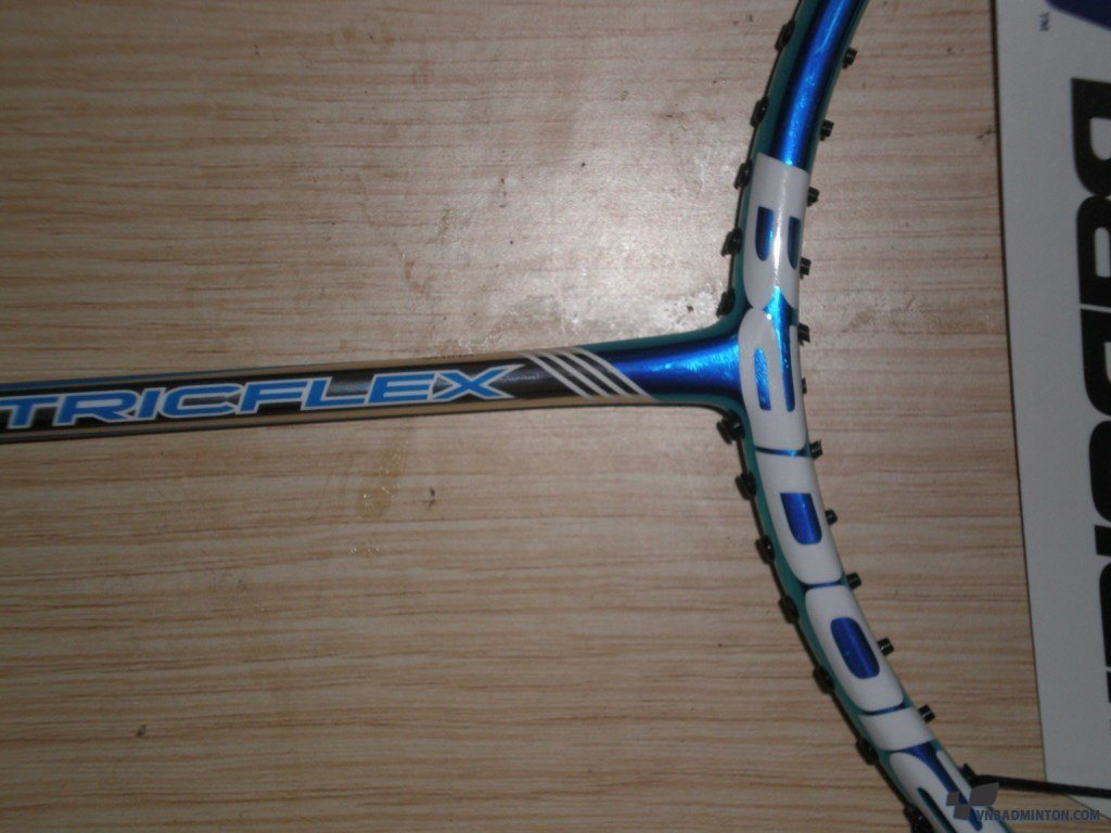 Babolat-satelite-6.5-essentail-6.jpg