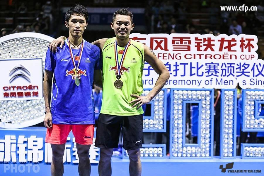 lin-dan-vs-tian-houweo-badminton-2015.jpg