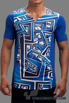 men-ironaii-patterned-v-neck a085_men-ahead.jpg
